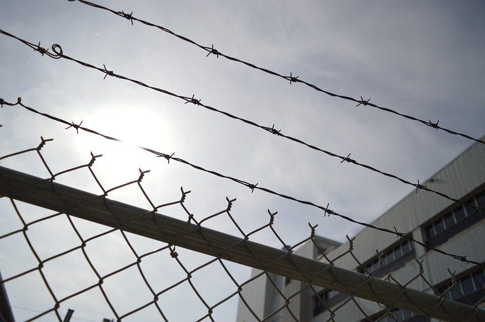 Barbelés Prison
