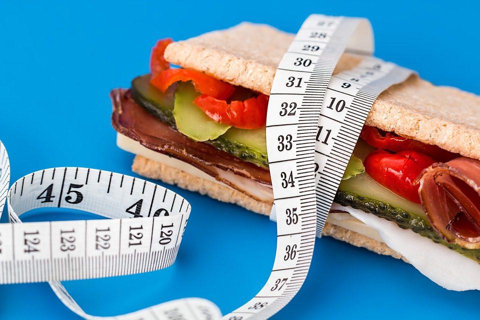 Le jeûne, bonne ou mauvaise idée pour perdre quelques kilos superflus ?