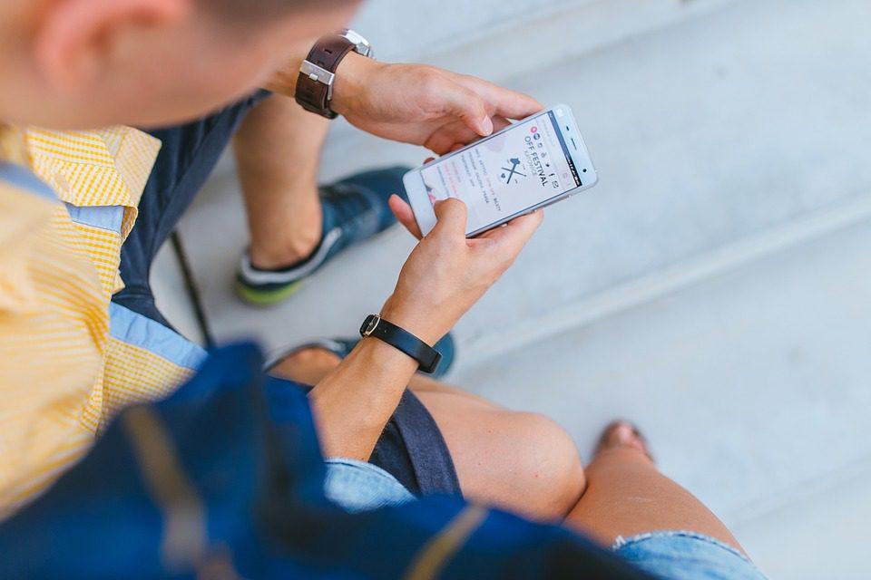 Addiction : un jeu mobile provoque la perte de son œil à cause d'un abus
