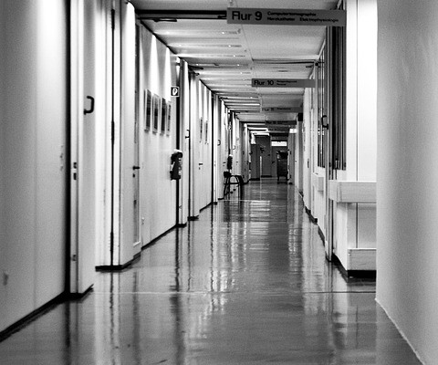 Couloir d'un hôpital