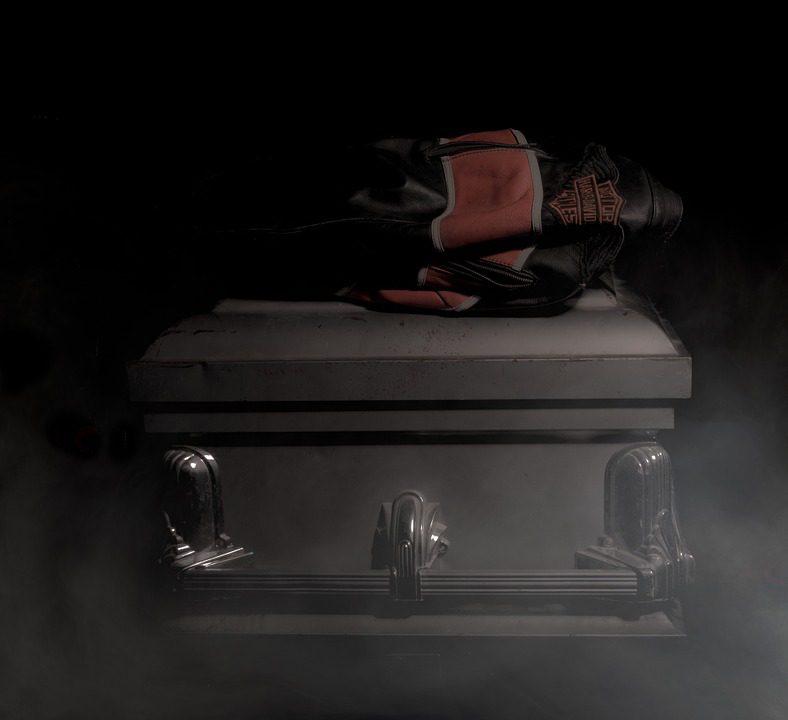 Inhumation, incinération, les Américains ont désormais un troisième choix, la liquéfaction