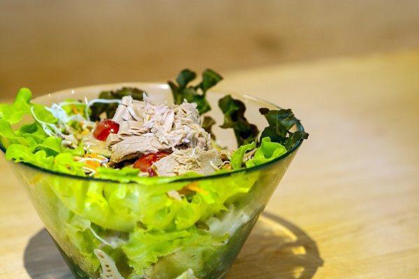 Une salade de thon