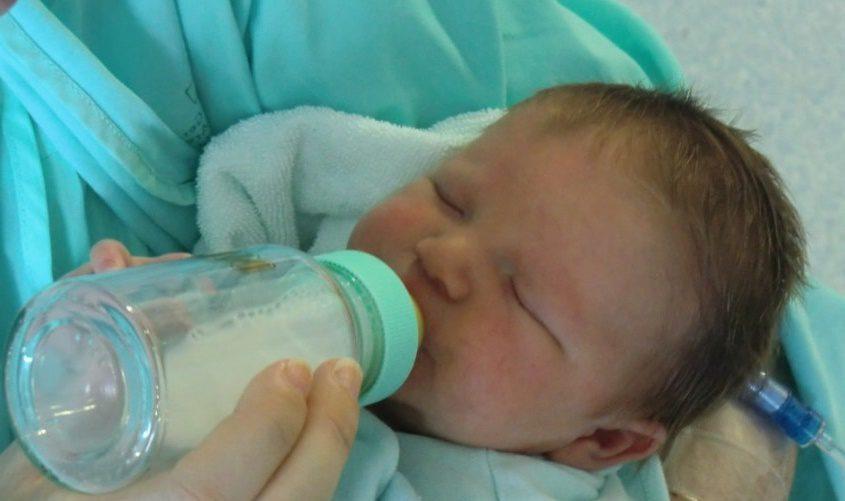Du lait pour bébé