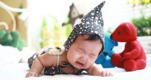 Méningite : un bébé en bonne santé perd la vie à cause d'un bisou