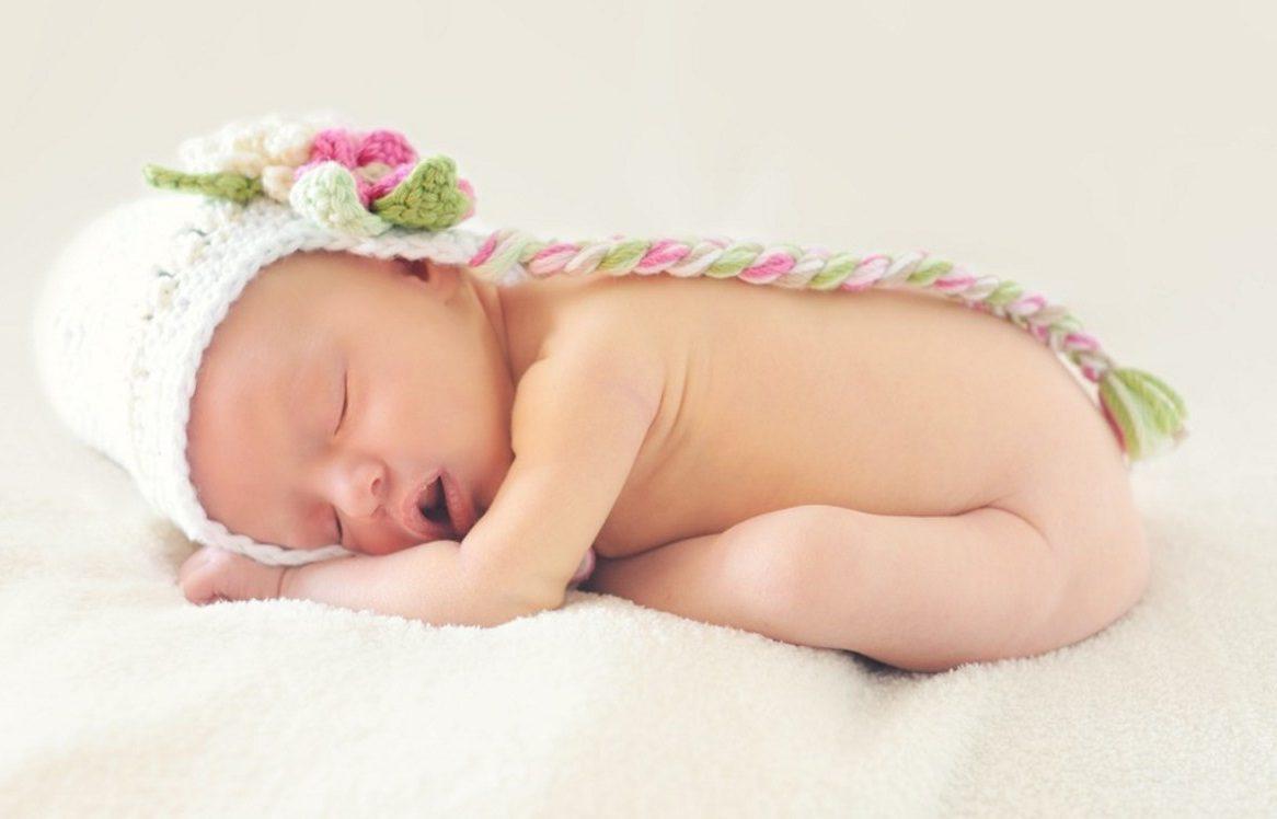 Un bébé qui dort