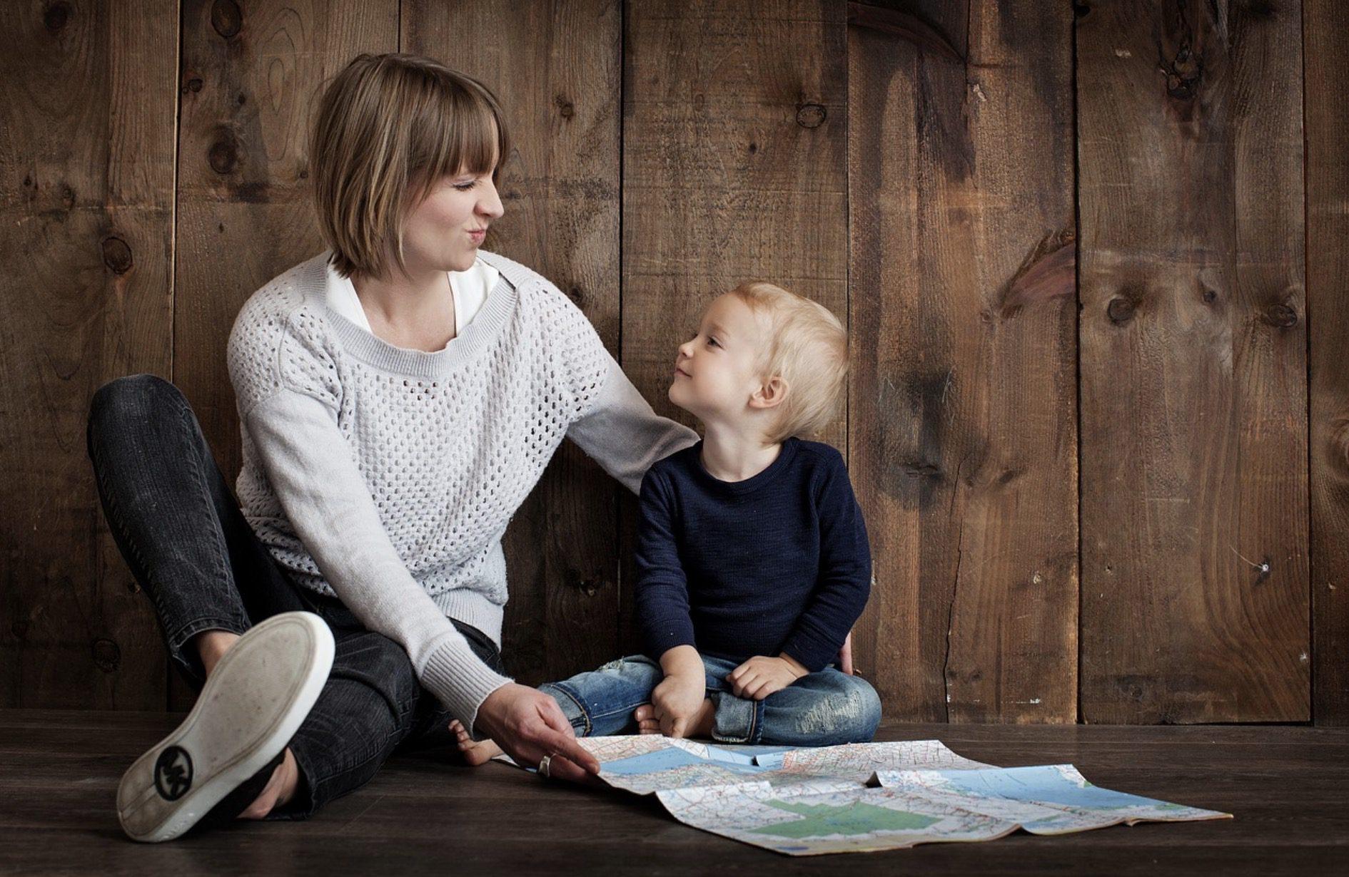 Discuter avec un enfant